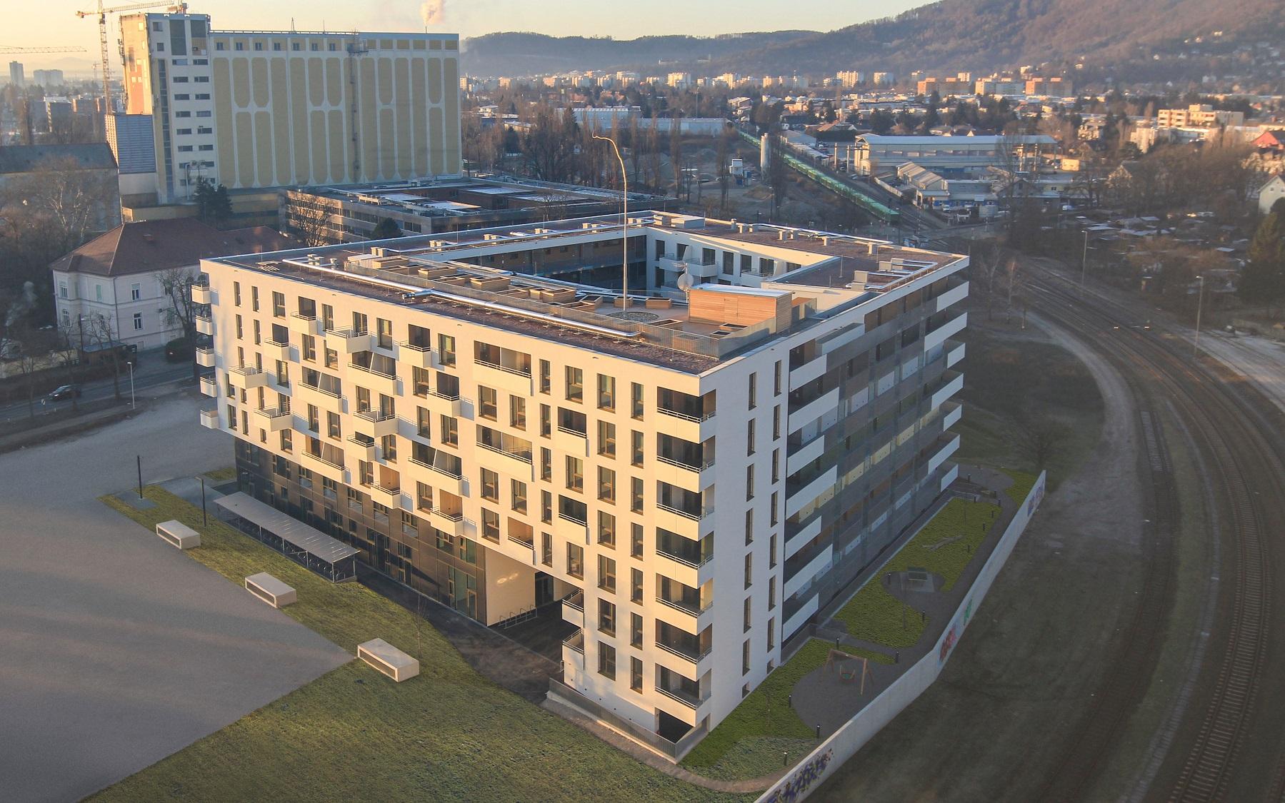 Graz Reininghaus Zehn S-Commerz